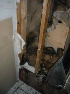 Water damage inside wall | 911 restoration